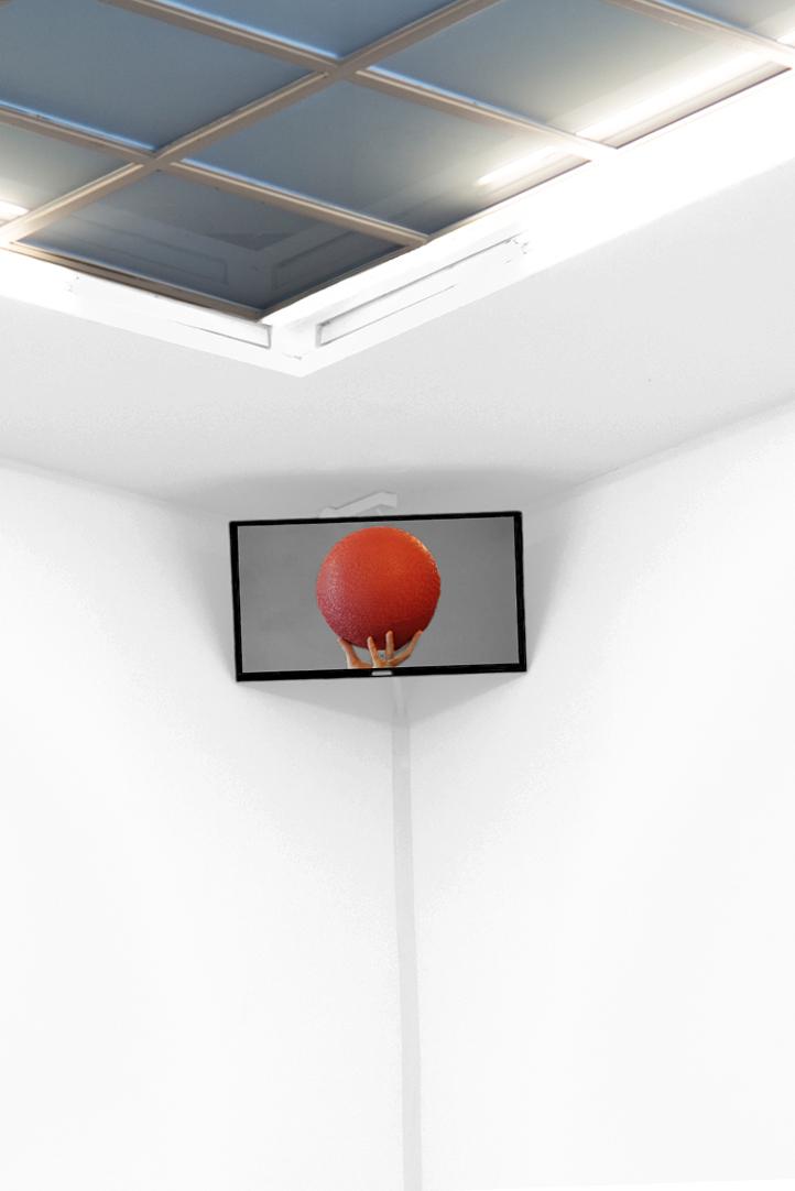ball-in-Corner_72dpi
